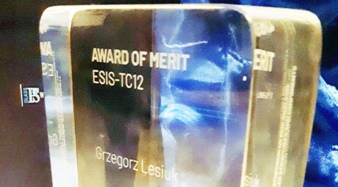 ESIS nagrodził Grzegorza Lesiuka